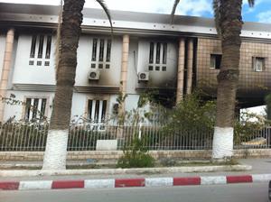 Tribunal de Gabès brulé.